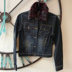 Laundry jean jacket with removable faux fur collar